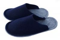 Kinderpantoffeln Größe 33/34 marineblau