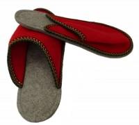 Größe 42/44 Gästepantoffeln Herren / Bordüre Rot