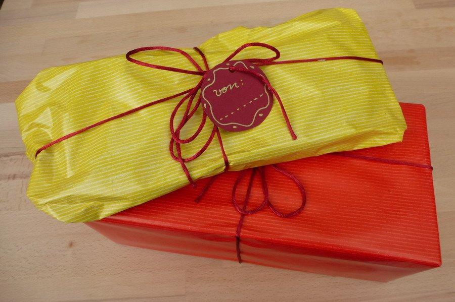filzpantoffel-geschenkverpackung-gemischt